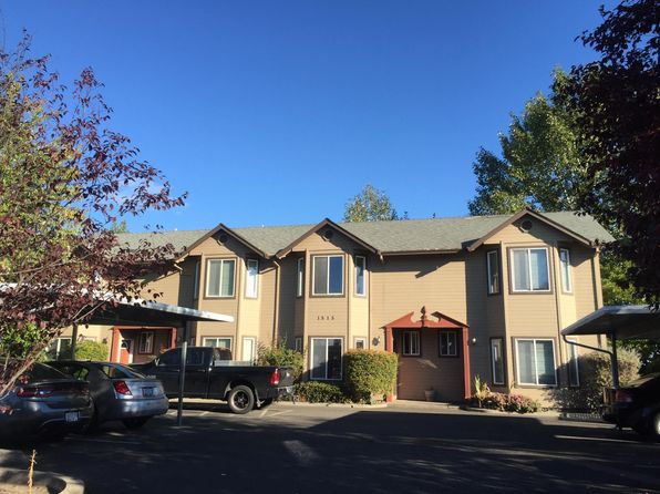 Pleasing Townhomes For Rent In Medford Or 3 Rentals Zillow Download Free Architecture Designs Ogrambritishbridgeorg