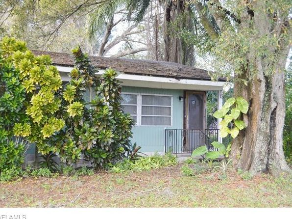 2 bed 1 bath Single Family at 1425 & 1484 N Bridge St Labelle, FL, 33935 is for sale at 100k - 1 of 4