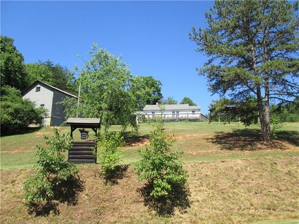 2 bed 1 bath Single Family at 1305 Auton Rd Lenoir, NC, 28645 is for sale at 190k - 1 of 30