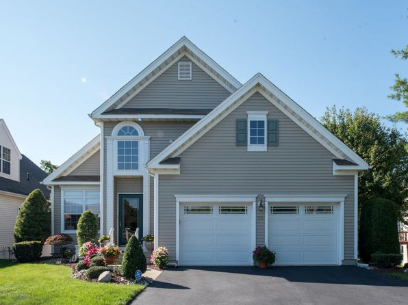 2 bed 3 bath Single Family at 56 Freesia Ct Holmdel, NJ, 07733 is for sale at 560k - 1 of 33