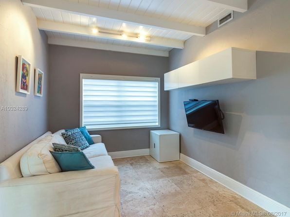 3 bed 2 bath Single Family at 3910 SW 60th Pl Miami, FL, 33155 is for sale at 490k - google static map