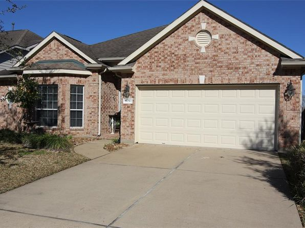 3 bed 2 bath Single Family at 6050 Wickshire Dr Rosenberg, TX, 77471 is for sale at 225k - 1 of 22