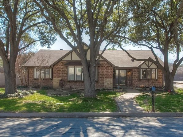 3 bed 2 bath Single Family at 4701 Cinnamon Hill Dr Fort Worth, TX, 76133 is for sale at 229k - 1 of 17