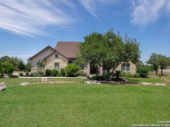 4 bed 3.5 bath Single Family at 439 Lantana Mesa Spring Branch, TX, 78070 is for sale at 445k - 1 of 25