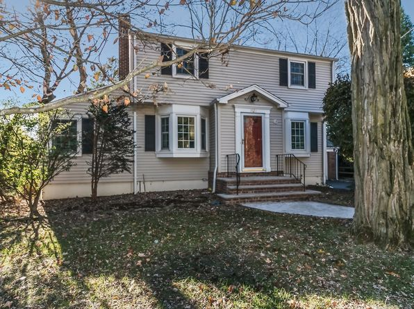 4 bed 3 bath Single Family at 1820 Quimby Ln Scotch Plains, NJ, 07076 is for sale at 665k - 1 of 30