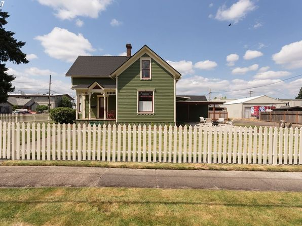 4 bed 2 bath Single Family at 801 E 3rd St Newberg, OR, 97132 is for sale at 260k - 1 of 20