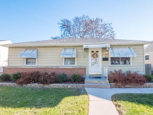 3 bed 2 bath Single Family at 3762 S 54th St Milwaukee, WI, 53220 is for sale at 143k - 1 of 22