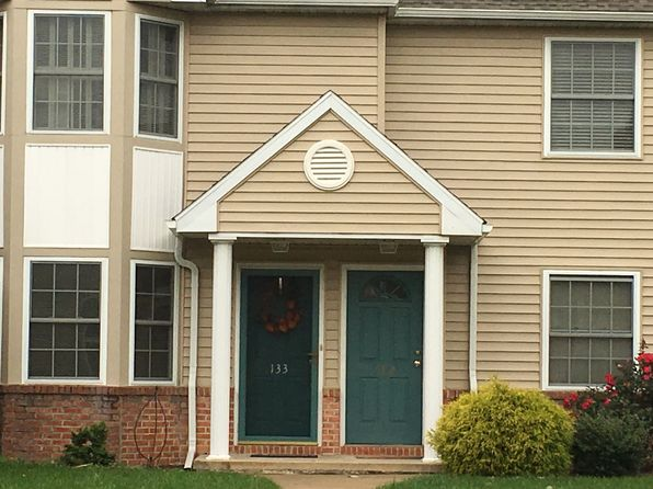 2 bed 2 bath Condo at 132 Heather Ln Wyomissing, PA, 19610 is for sale at 150k - 1 of 8