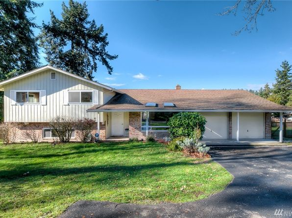 4 bed 2.5 bath Single Family at 17901 Riviera Pl SW Seattle, WA, 98166 is for sale at 635k - 1 of 24