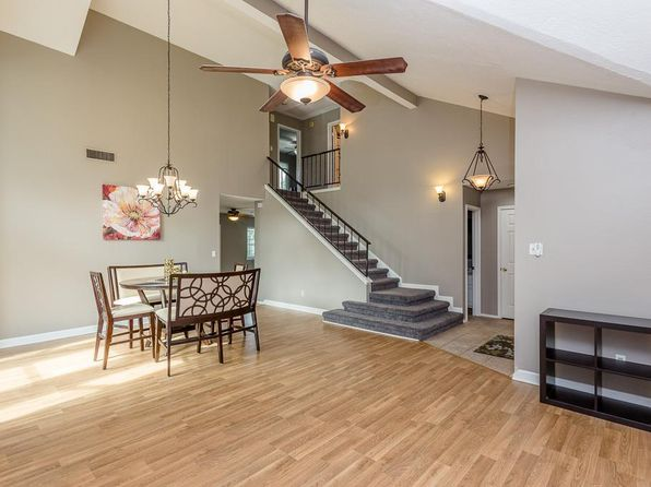 3 bed 3 bath Single Family at 423 Abbott Cir Sugar Land, TX, 77498 is for sale at 255k - 1 of 32