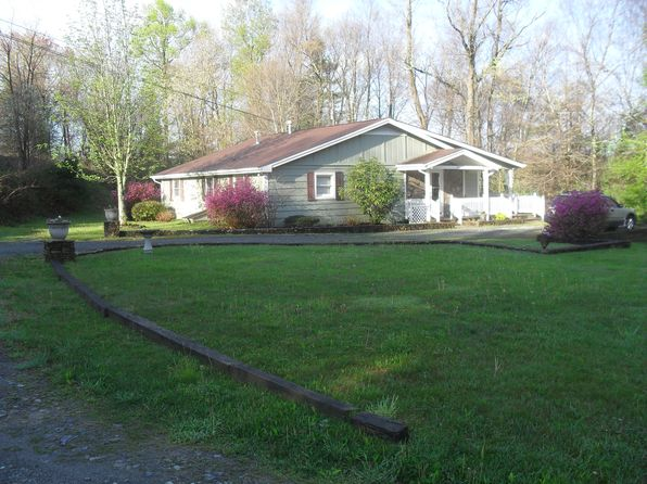 3 bed 2 bath Single Family at 286 Sunrise Cv Blowing Rock, NC, 28605 is for sale at 270k - 1 of 30