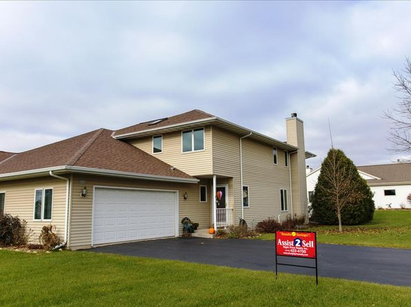 3 bed 3 bath Condo at 404B Park Place Ct Waterford, WI, 53185 is for sale at 204k - 1 of 20