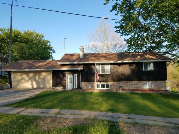 5 bed 2 bath Single Family at 1304 Loomis Ave Corning, IA, 50841 is for sale at 145k - 1 of 28