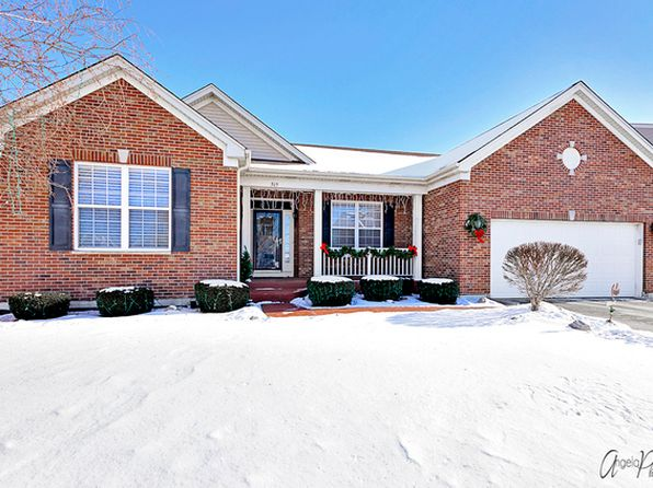 4 bed 3 bath Single Family at 569 N Silver Leaf Ln Round Lake, IL, 60073 is for sale at 264k - 1 of 31