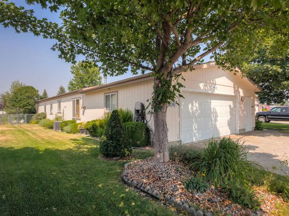 3 bed 2 bath Single Family at 2061 Bounty Loop Hayden, ID, 83835 is for sale at 135k - 1 of 18