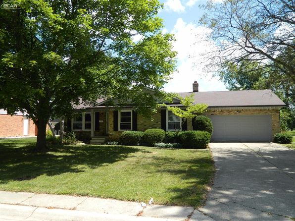 3 bed 3 bath Single Family at 12163 Pine Row Ln Grand Blanc, MI, 48439 is for sale at 163k - 1 of 86