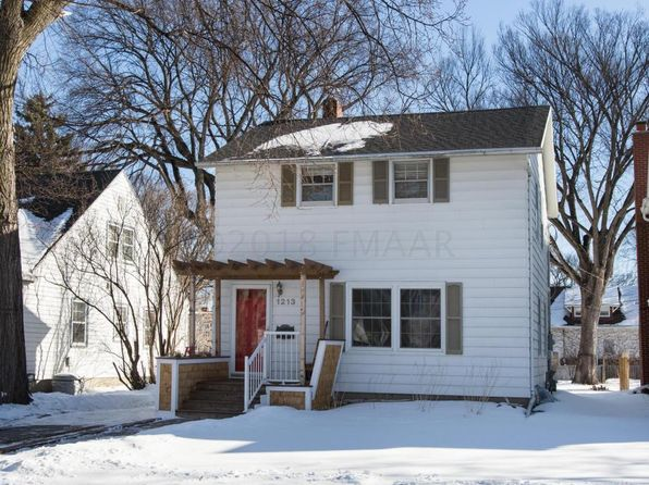 3 bed 2 bath Single Family at 1213 7th St N Fargo, ND, 58102 is for sale at 199k - 1 of 34