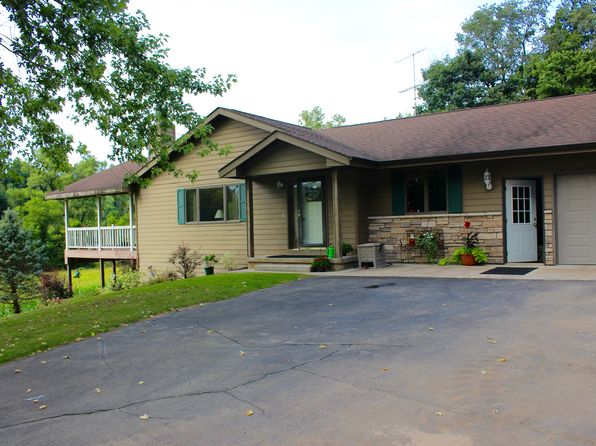4 bed 3 bath Single Family at W2816 Kammel Coulee Rd Coon Valley, WI, 54623 is for sale at 470k - 1 of 13
