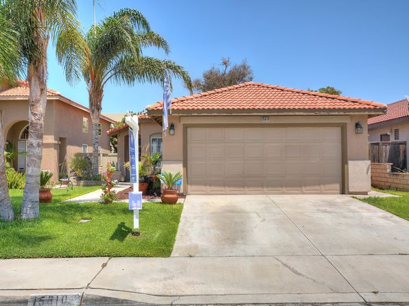 3 bed 2 bath Single Family at 15810 Del Obisbo Rd Fontana, CA, 92337 is for sale at 330k - 1 of 6