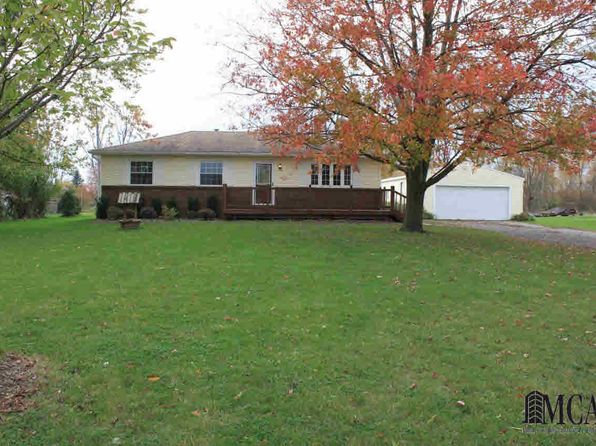 3 bed 1 bath Single Family at 13091 Rosedale Blvd Carleton, MI, 48117 is for sale at 150k - 1 of 41