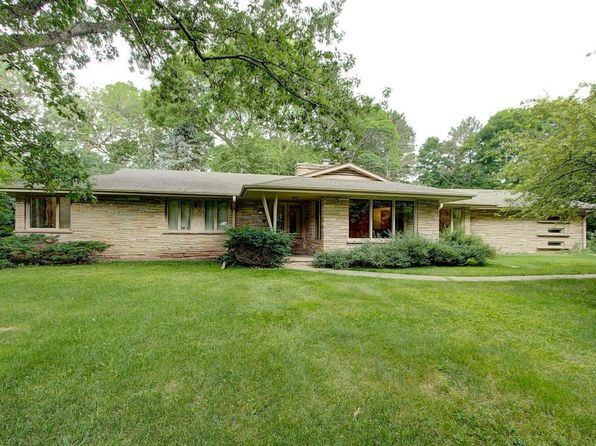 3 bed 3 bath Single Family at 15105 Gebhardt Rd Elm Grove, WI, 53122 is for sale at 368k - 1 of 24