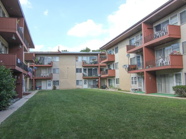 1 bed 1 bath Condo at 605 N Wolf Rd Hillside, IL, 60162 is for sale at 45k - 1 of 11