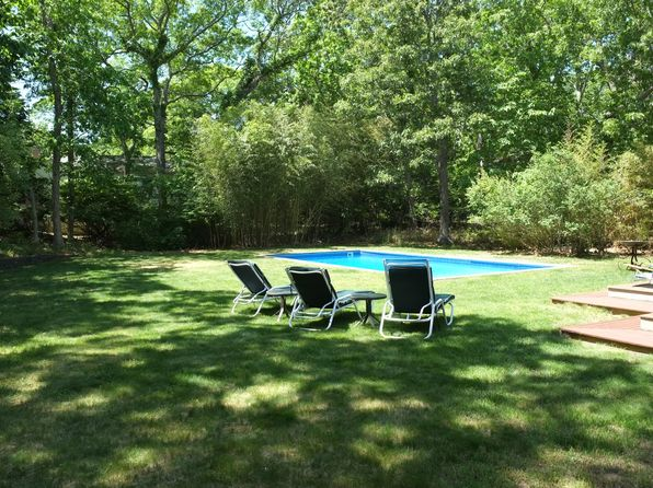 4 bed 4 bath Single Family at 3 DEER LN EAST HAMPTON, NY, 11937 is for sale at 1.10m - 1 of 3