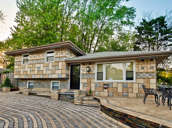 6 bed 4 bath Single Family at 3930 N Grant St Westmont, IL, 60559 is for sale at 420k - 1 of 43