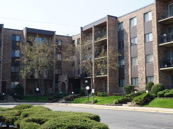 1 bed 1 bath Condo at 625 W Huntington Commons Rd Mount Prospect, IL, 60056 is for sale at 115k - 1 of 17