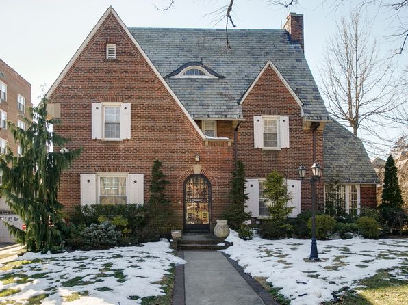 House 1st Forest Hills Gardens Real Estate Forest Hills