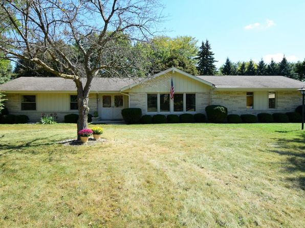 3 bed 2 bath Single Family at W276N4862 Lynndale Ln Pewaukee, WI, 53072 is for sale at 300k - 1 of 25