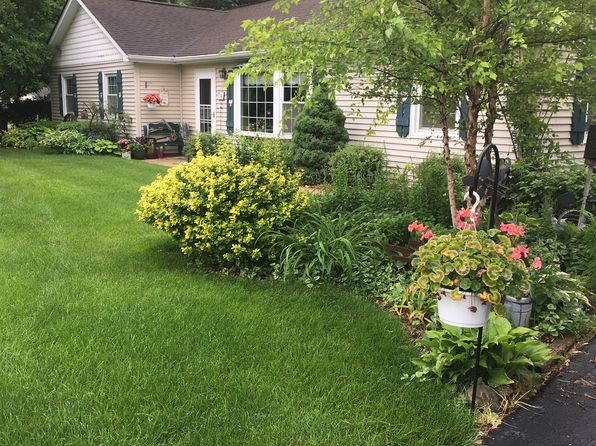 On Corner Lot - Plainfield Real Estate - Plainfield IL Homes For ...