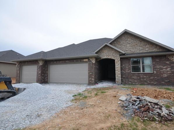 4 bed 2 bath Single Family at 866 E Striper Dr Nixa, MO, 65714 is for sale at 175k - 1 of 12