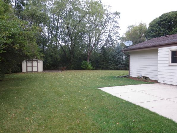3 bed 1.5 bath Single Family at S76W17806 St Leonards Ct Muskego, WI, 53150 is for sale at 270k - 1 of 20