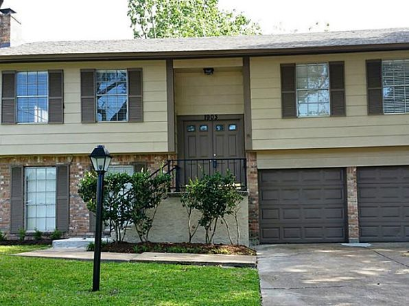 4 bed 2 bath Single Family at 1903 Lantern Ln Missouri City, TX, 77459 is for sale at 200k - 1 of 12