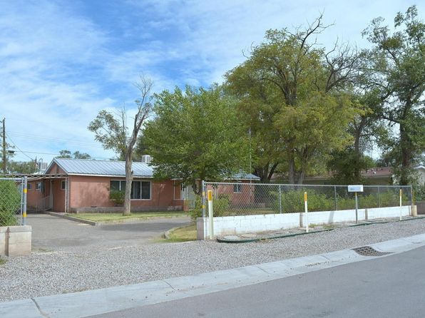 3 bed 2 bath Single Family at 1321 Elena Cir SW Albuquerque, NM, 87105 is for sale at 148k - 1 of 24