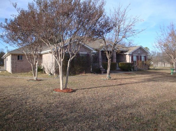 3 bed 3 bath Single Family at 202 E FORGEY ST BLOOMING GROVE, TX, 76626 is for sale at 175k - google static map