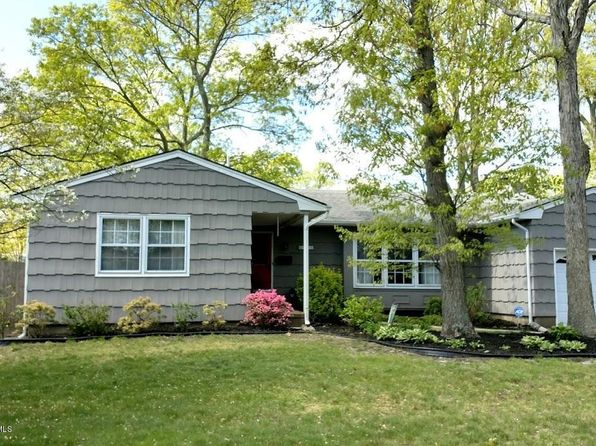 3 bed 2 bath Single Family at 236 Colonial Dr Brick, NJ, 08724 is for sale at 300k - 1 of 15