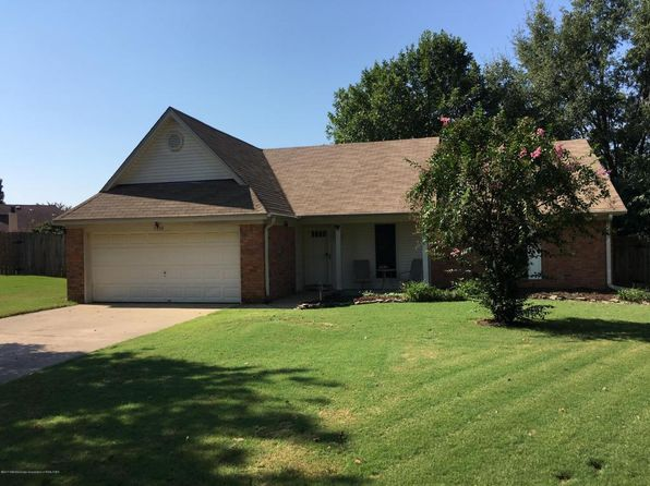 3 bed 2 bath Single Family at 7393 Hunters Hollow Cv Southaven, MS, 38671 is for sale at 136k - 1 of 16