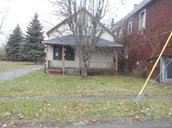 3 bed 1 bath Single Family at 7 Seal Pl Lackawanna, NY, 14218 is for sale at 10k - 1 of 6