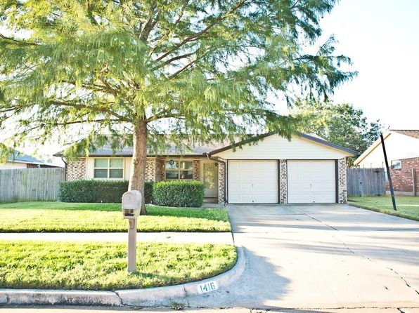 3 bed 2 bath Single Family at 1416 NE 5th St Moore, OK, 73160 is for sale at 127k - 1 of 24