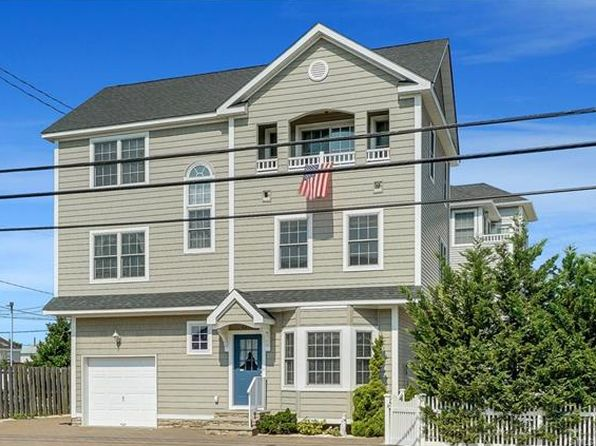 5 bed 4 bath Single Family at 3497 N Route 35 Toms River, NJ, 08735 is for sale at 599k - 1 of 34