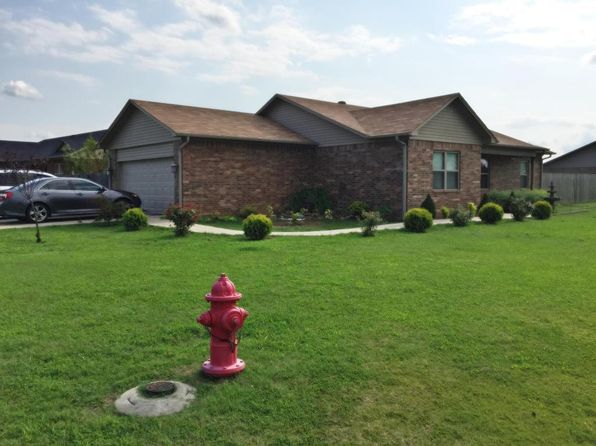 3 bed 2 bath Single Family at 49 Sagebrush Cir Pottsville, AR, 72858 is for sale at 145k - 1 of 16