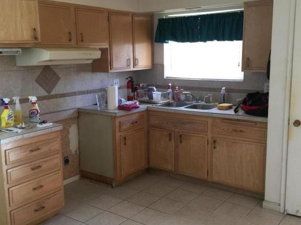 2 bed 1 bath Single Family at 10025 N 107th Ave Sun City, AZ, 85351 is for sale at 137k - 1 of 13