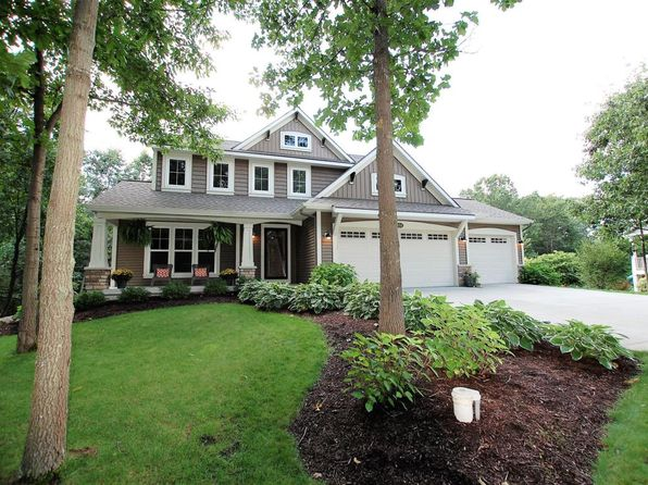 4 bed 3 bath Single Family at 9311 Bay Harbor Ct NE Rockford, MI, 49341 is for sale at 460k - 1 of 54