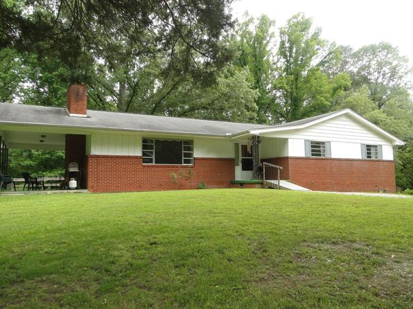 3 bed 3 bath Single Family at 928 S Main St Rocky Top, TN, 37769 is for sale at 180k - 1 of 24
