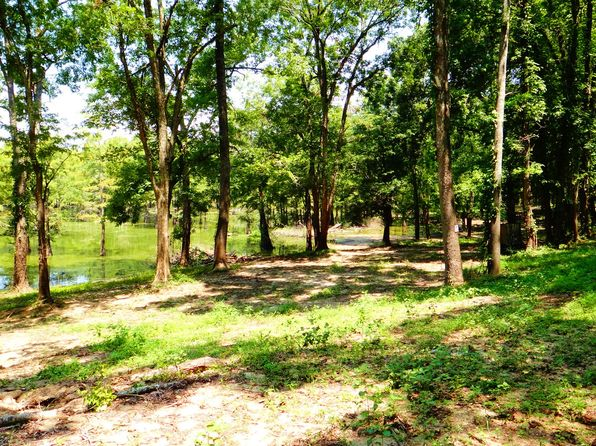 null bed null bath Single Family at 1700 Rock Rd Woodville, MS, 39669 is for sale at 98k - 1 of 9