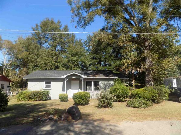 3 bed 1 bath Single Family at 1832 Hamilton St Quincy, FL, 32351 is for sale at 73k - 1 of 33