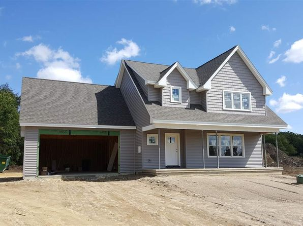 3 bed 3 bath Single Family at 204 Green St Somersworth, NH, 03878 is for sale at 330k - 1 of 19
