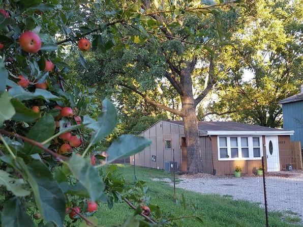 2 bed 1 bath Single Family at 4829 N Brighton Ave Kansas City, MO, 64119 is for sale at 65k - 1 of 23